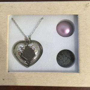 Jewelry - Aromatherapy Necklace ✨💕